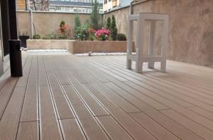 Δάπεδα εξωτερικού χώρου deck