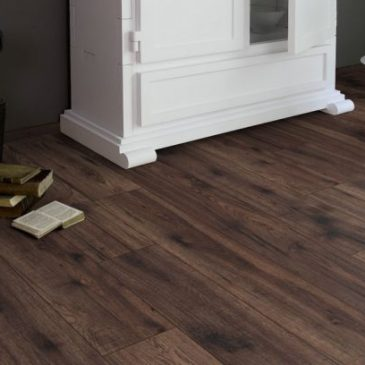 JE4634029 Laminate Mercado dark 8mm, V4, AC4/32 μόνο €10,90/m2